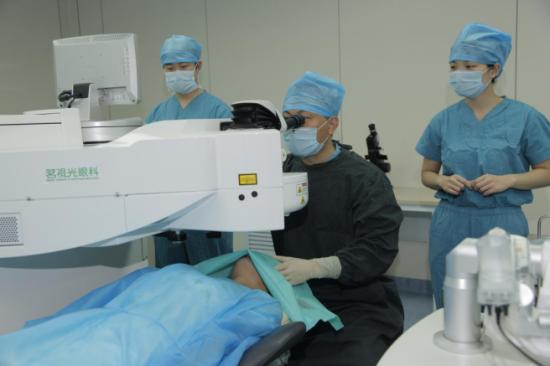 广州做近视眼手术_近视眼手术成功率-近视眼做激光手术成功率是多少?