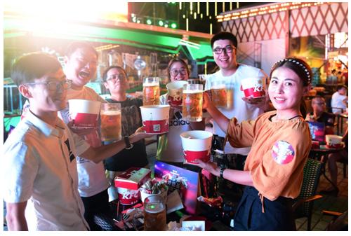 青岛国际啤酒节是青岛的盛会,每年都会吸引全球各地的人蜂拥而至,今年