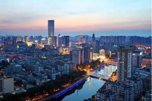 徐州苏宁凯悦酒店金秋闪耀266米城市地标